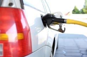 משאבת דלק בתוך רכב